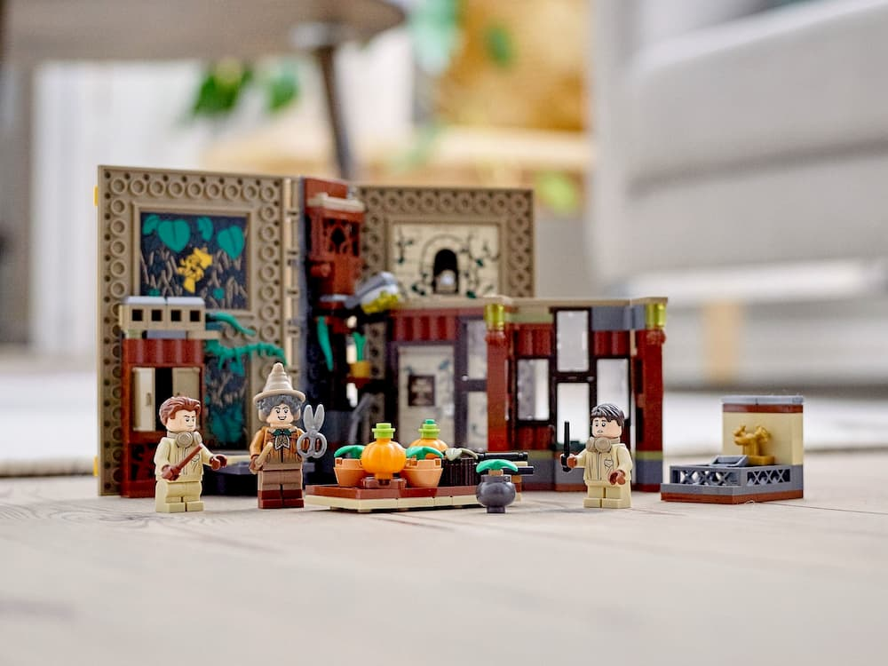 LEGO Harry Potter Moments  Herbology