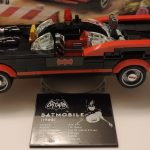 LEGO 76188 Batman Classic TV Series Batmobile 1 (1)