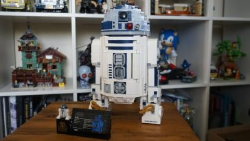 LEGO Star Wars 75308 R2-D2 review